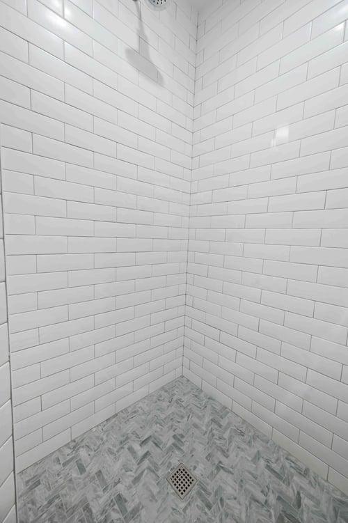 Ashburn Shower