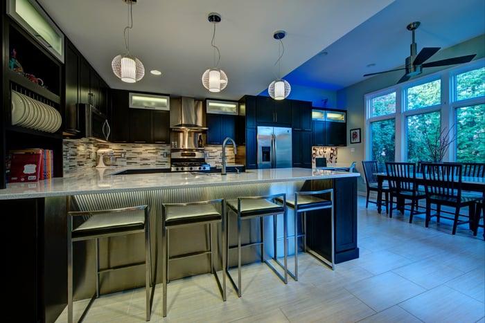 Contemporary_Arlington_Dark Kitchen