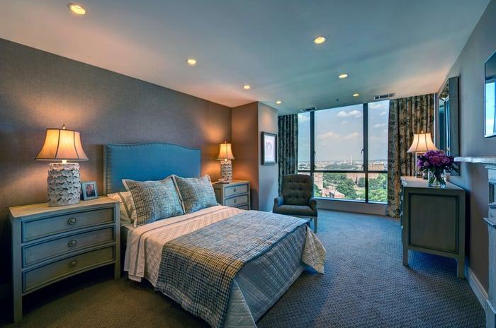 Contemporary_Daigle Arlington_Bedroom