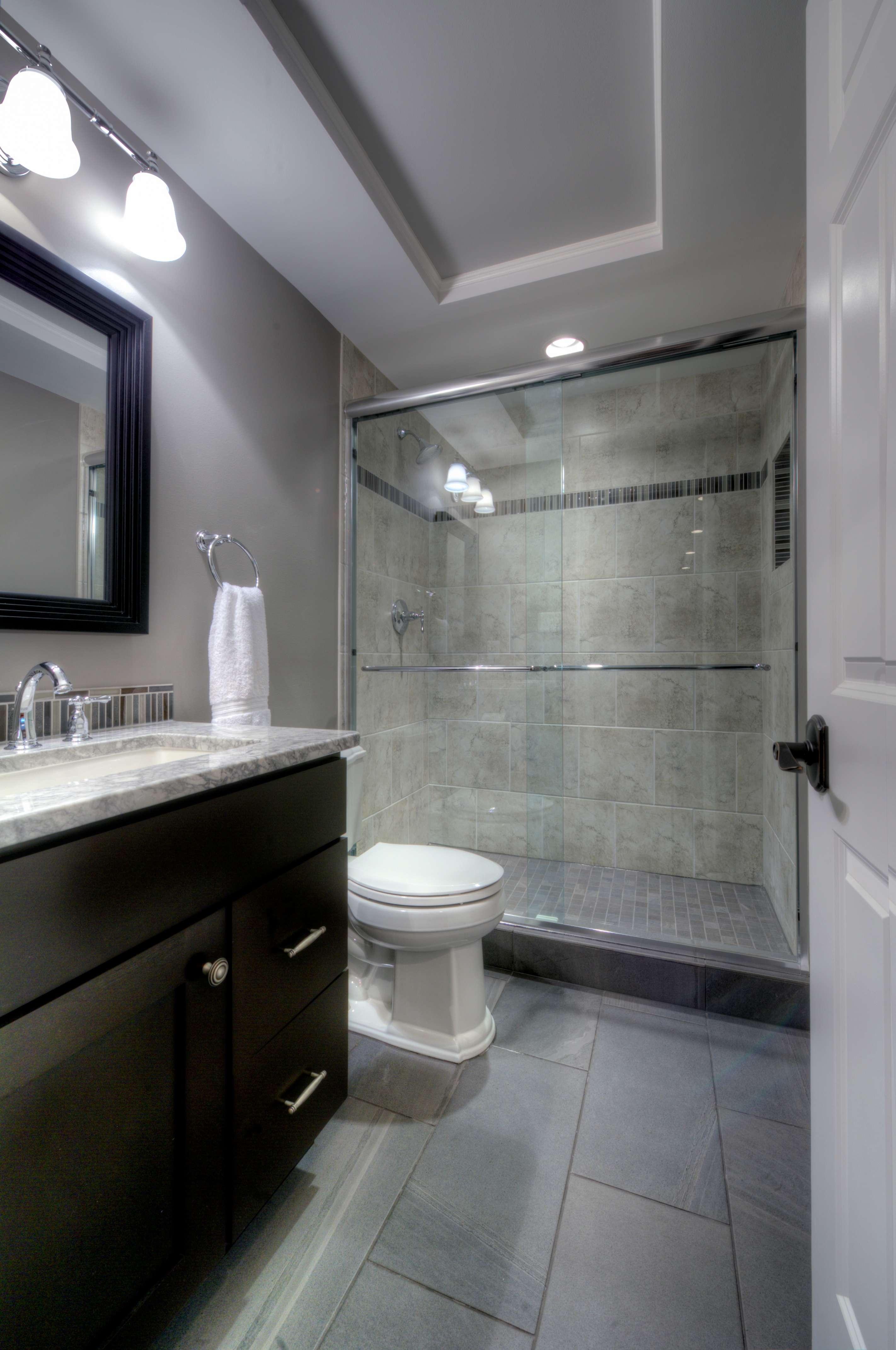 Contemporary_Oakton_Bathroom