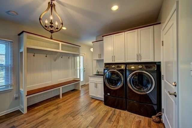 Herndon Laundry Mudroom Combo