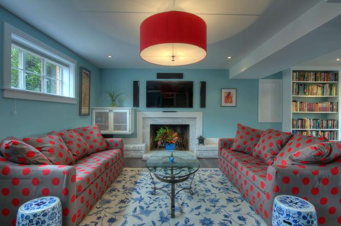 6 Modern Living Room_Dot Couch.jpg