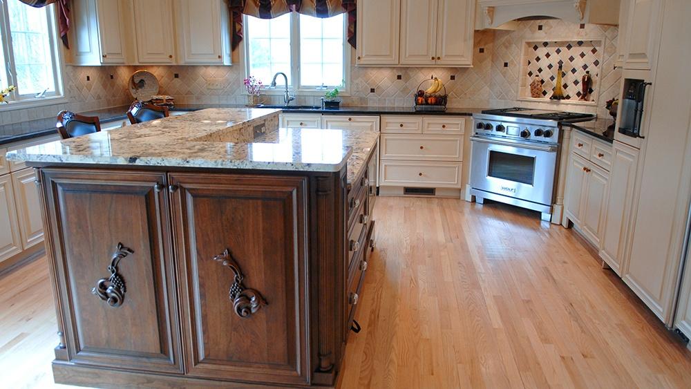 traditional-kitchen2.jpg