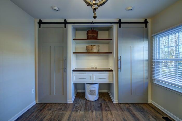 MOSS-Blog-Closet-Mudroom-Shoe-Storage