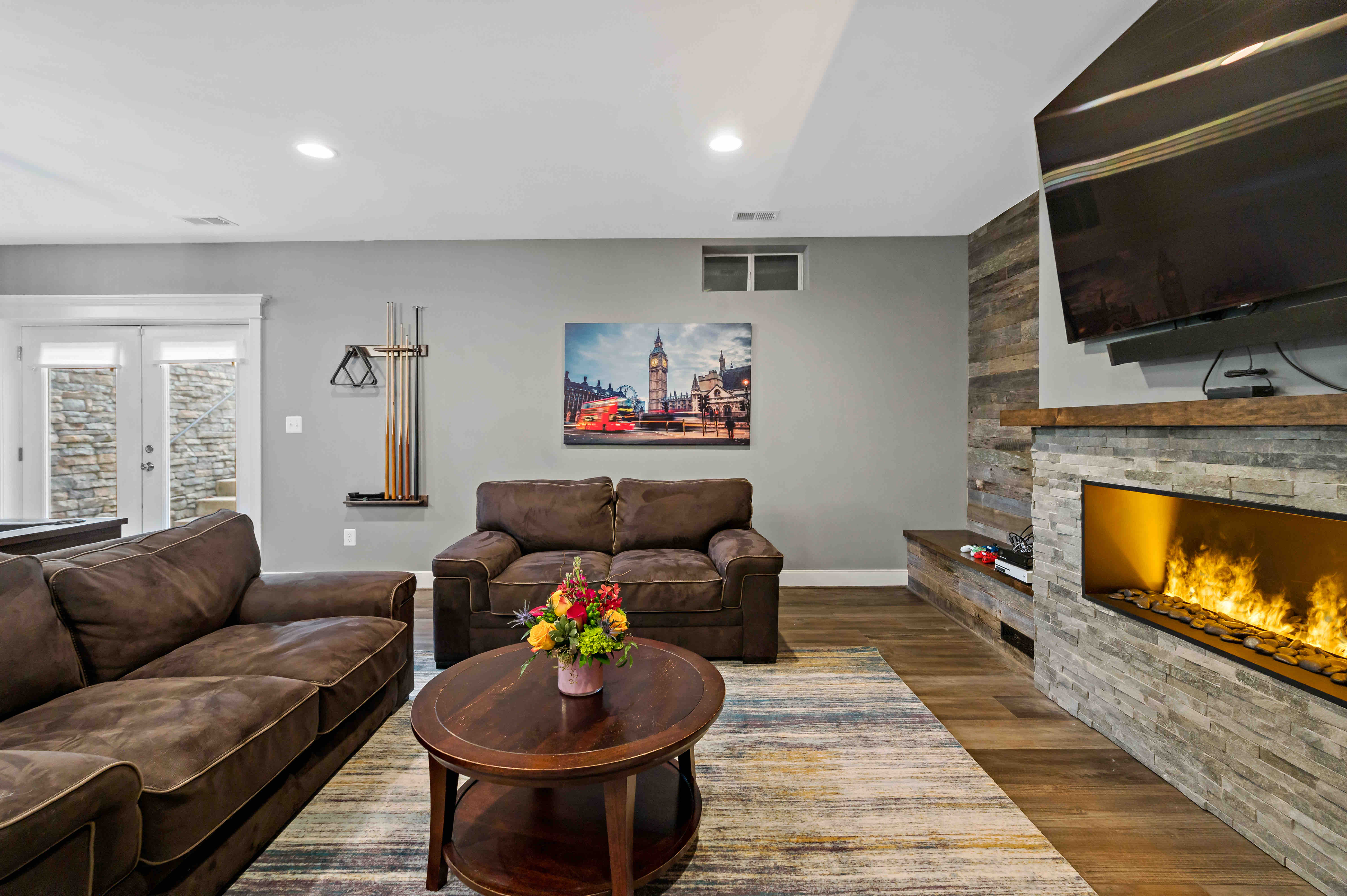 Rustic Basement Remodel Perfect For Cozy Family Evenings