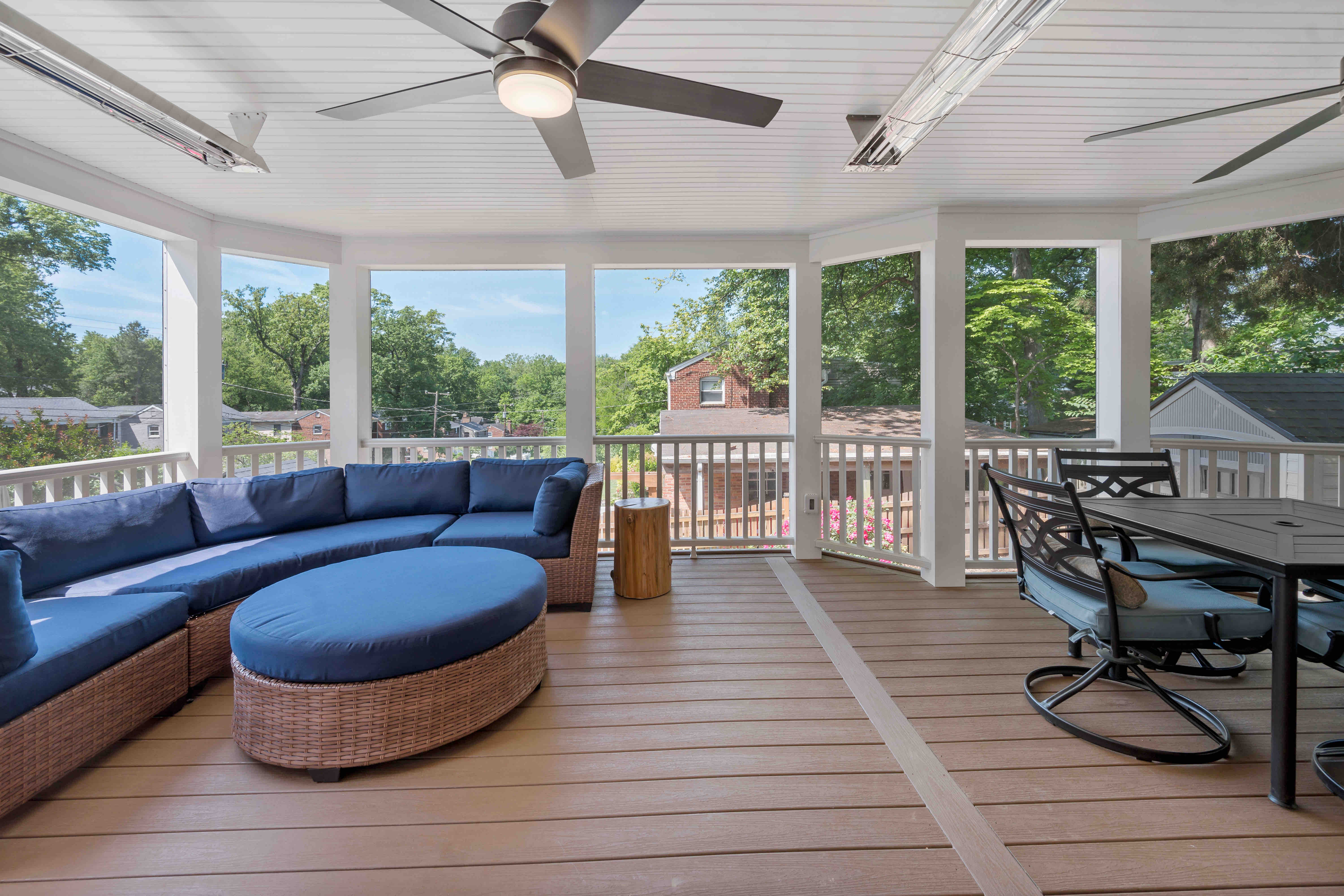 Beautiful Screened Porch Gives Arlington Homeowners Space for Entertaining and Relaxation